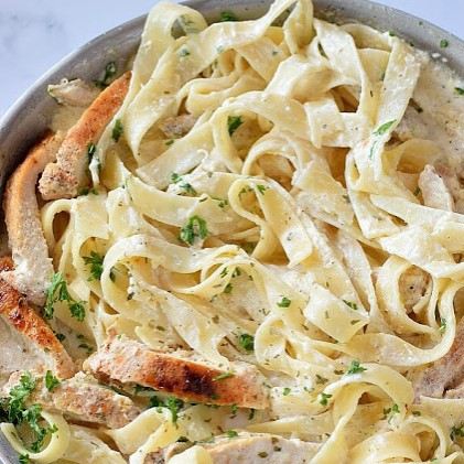 The 30-Minute Easy Chicken Alfredo