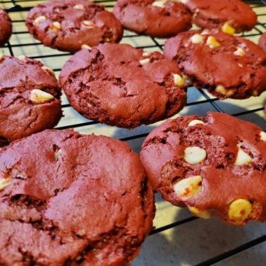 Perfect Red Velvet Cookies